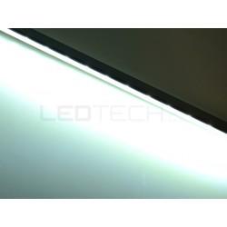 Nástenné lineárne osvetlenie kuchynskej linky - studená biela