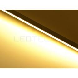 Nástenné lineárne osvetlenie kuchynskej linky - teplá biela