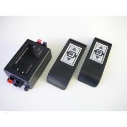 Diaľkový LED ovládač RF10 pre jednofarebné LED pásiky s dvomi ovládačmi