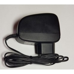 LED zdroj 12V 18W zásuvkový černý